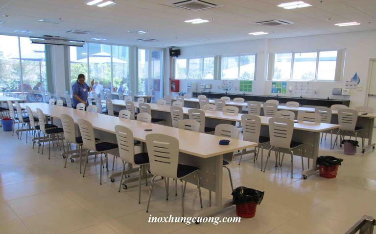 bàn ghế canteen