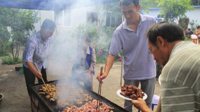 lo-nuong-bbq-dung-gas