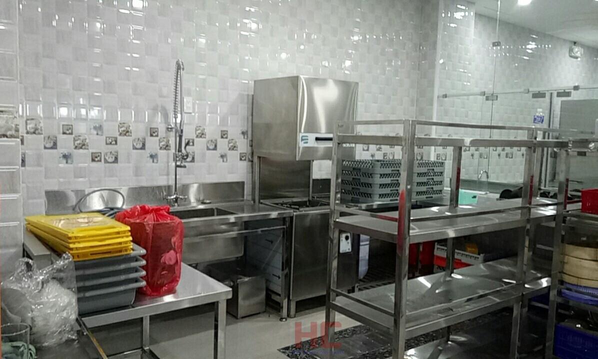 Khu rửa được trang bị các thiết bị chuyên nghiệp và hợp lý