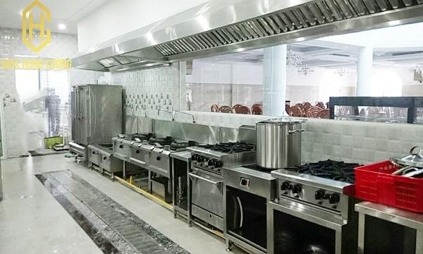 Báo giá bếp công nghiệp tại Inox Hùng Cường