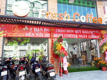Thiết bị quầy pha chế inox dành cho cửa hàng 702 Fresh Coffee