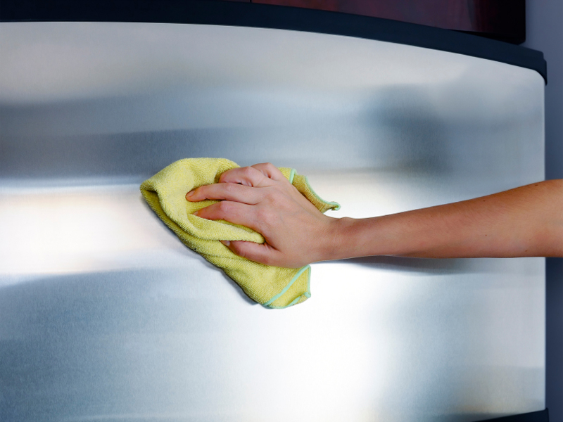 Vệ sinh thiết bị bếp inox như thế nào cho sạch?