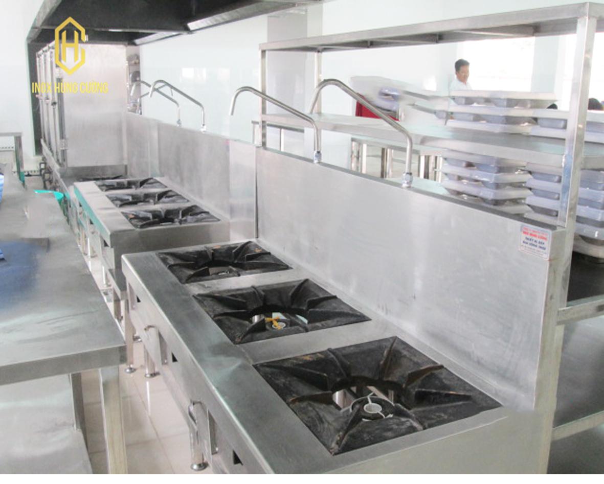 Những đặc điểm quan trọng của thiết bị bếp Á công nghiệp