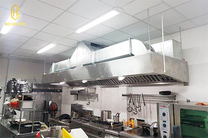 Các cách bố trí hệ thống chụp hút khói bếp công nghiệp hợp lý