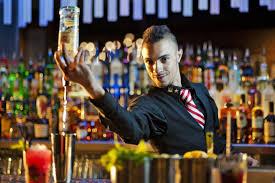 Bartender - Nghề của đam mê và thử thách