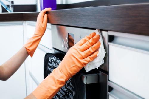 11 mẹo vặt hay làm sạch các thiết bị bếp