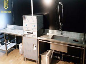 Tìm hiểu về máy rửa chén công nghiệp