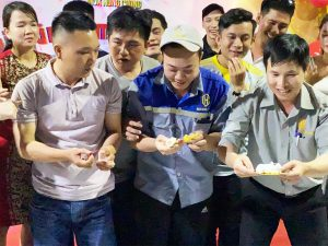 Trò chơi Ẩm Thực Bí Ẩn tại Inox Hùng Cường
