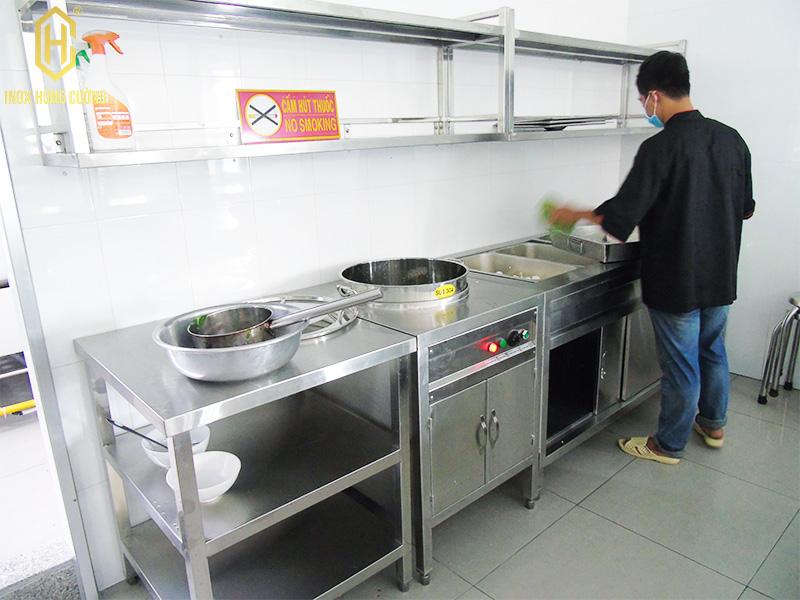 Khu quầy phục vụ bếp căn tin