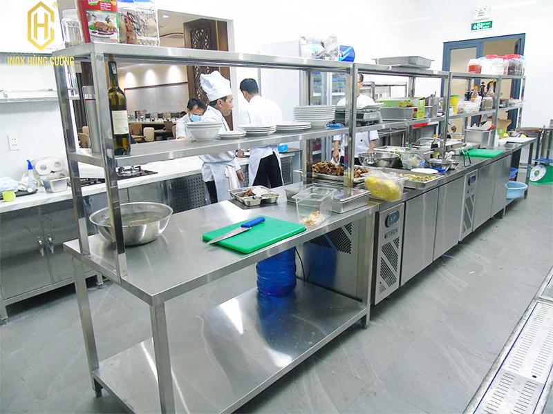 Nhà thầu bếp inox long an