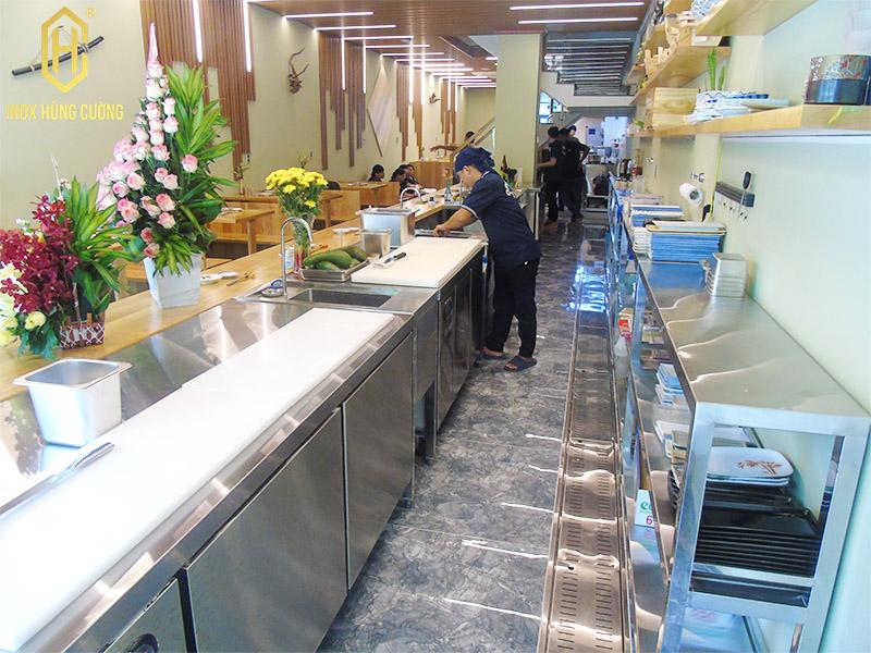 bếp nhà hàng nhật bản