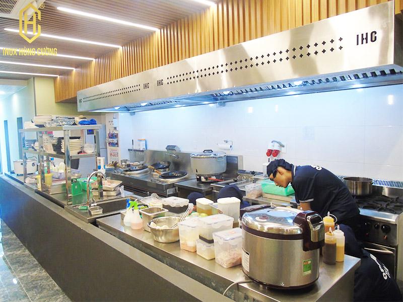 thiết kế bếp nhà hàng nhật